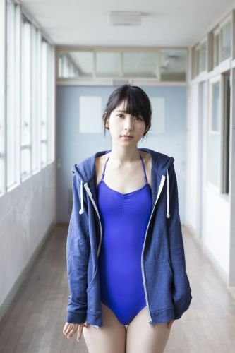 松岡菜摘ファースト写真集「追伸」