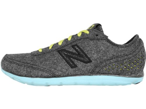 New Balance Women's WW01 Newsky Wellness Shoe,Grey/Green,7 B US