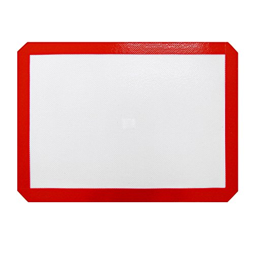 New Star Foodservice 36619 Commercial Grade Silicone Baking Mat Non-Stick Pan Liner, 11-Inch by 17-Inch, Half Size
