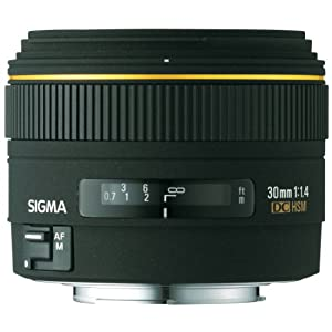 Sigma 30mm f/1.4 EX DC Lens for Pentax and Samsung Digital SLR Cameras