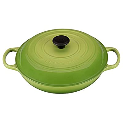 Le Creuset Signature Iron Handle Skillet - Palm