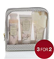 Floral Collection Magnolia Gift Set