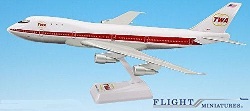 boeing-747-100-twa-old-livery-1-200-scale-model-by-flight-miniatures