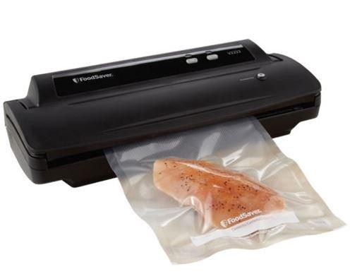 FoodSaver V2222 Vacuum Sealing System Starter Kit Black (Foodsaver V2222 compare prices)
