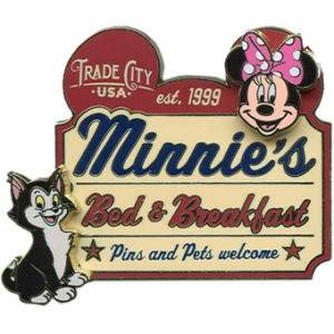 disney-pins-2010-minnies-bed-breakfast-minnie-and-figaro-le-pin-76901