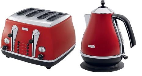 DELONGHI ICONA RED KETTLE (KBO3001.R)  &  ICONA RED TOASTER (CTO4003.R) COMBINA...