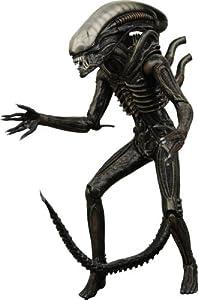 """Alien Classic Alien 7"""" Action Figure - Neca"""