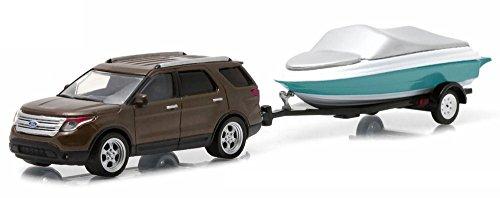2013-ford-explorer-greenlight-32040c-con-rimorchio-della-barca-164-die-cast