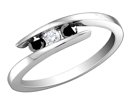 White and Black Diamond Ring 1/4 Carat (ctw) in Sterling Silver, Size 6