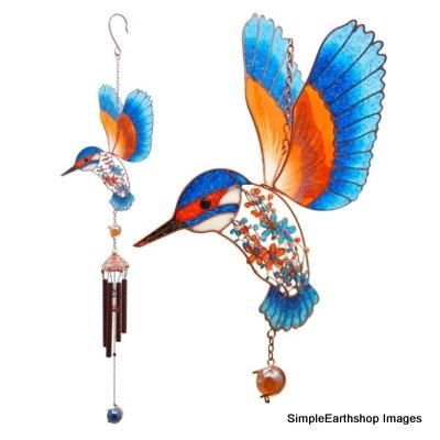 Kingfisher Wind Chime Large, a beautiful resin and metal kingfisher wind chime with fantastic orange, red and blue colours and decorative glass balls above and below the wind chimes.