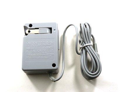 ニンテンドーDSi・DSiLL対応 アクセサリ AC アダプター 充電器