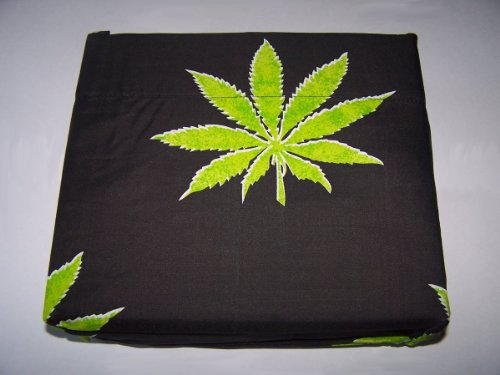 Marijuana Leaf Weed Pot Cannibis Leaf on Black Background Sheet Set Full Size