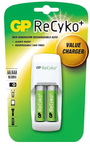 GP Chargeur GP Recyko+ AR02 12 heures avec 2 piles rechargeables AA Blanc
