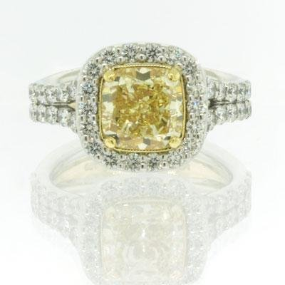 3.50ct Fancy Light Yellow Cushion Cut Diamond Engagement Anniversary Ring