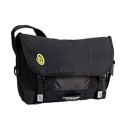 timbuk2-classic-messenger-bag-in-waxed-canvas-medium-schwarz