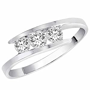 DivaDiamonds 14K White Gold 3 Stone Channel Set Round Diamond Ring (1/2 cttw, H-I, I1-I2) - Size 8