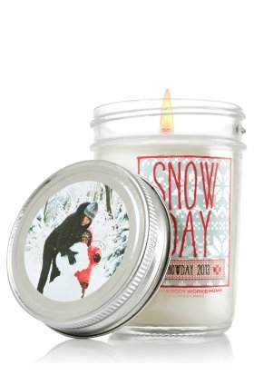 Bath & Body Works Holiday Traditions SNOWDAY scented Mason Jar Candle Snowday 2013 6 oz