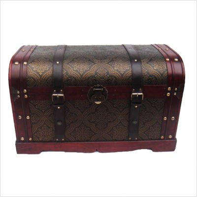 Trunks Storage on Practical Uses For Decorative Storage Trunks   Moh  Stuff