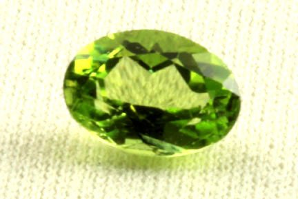 Natural Peridot Aaa Quality Loose Gemstone 6X4 Mm Faceted Oval 1 Piece From Dashrath International front-1022819