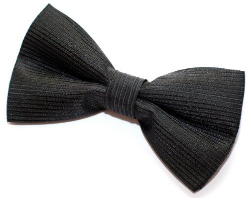 "Retreez Stripe Textured Woven Pre-Tied Bow Tie (Width: 5"") - Black"