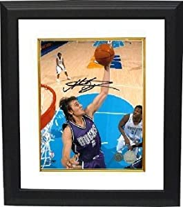 Andrew Bogut signed Milwaukee Bucks 8x10 Photo Custom Framed