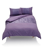 Textured Pleat Bedset