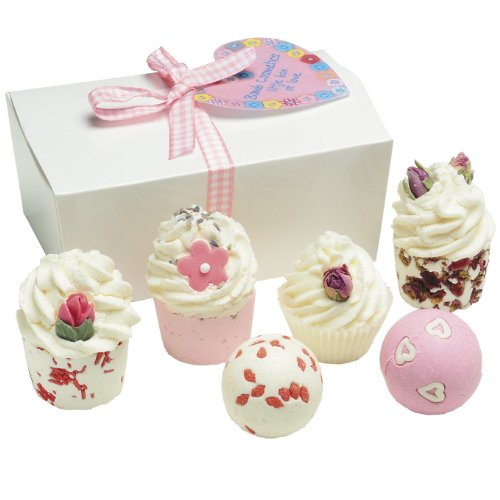 bomb-cosmetics-little-box-of-love-gift-pack