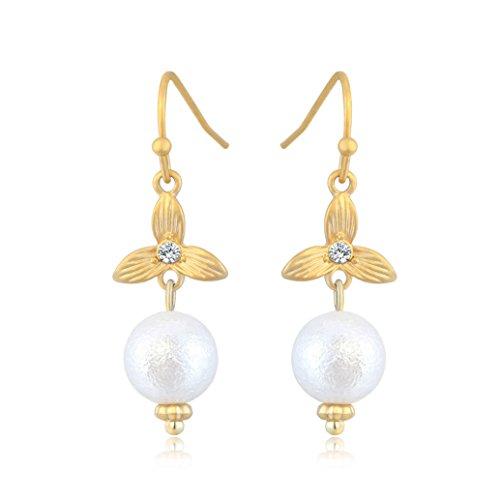 Orecchini per donne forma di fiori - Placcato oro 18K - Matte perla 8 mm - AAA Zirconi