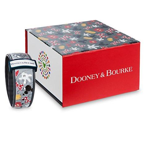 best-of-mickey-disney-dooney-bourke-magic-band