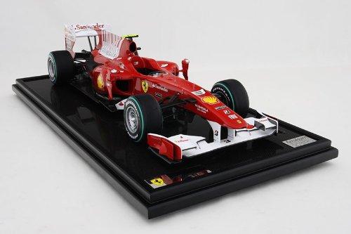 フェラーリF10 2010バーレーンGP優勝仕様 Amalgam1/8スケール