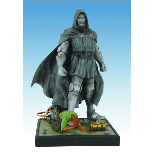 Marvel Origins: Dr. Doom Statue - Buy Marvel Origins: Dr. Doom Statue - Purchase Marvel Origins: Dr. Doom Statue (Diamond Select, Toys & Games,Categories,Action Figures,Statues Maquettes & Busts)