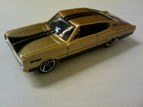 Hot Wheels Metallic Gold '67 Dodge Charger - #07 of 2010 Muscle Mania Series - 1