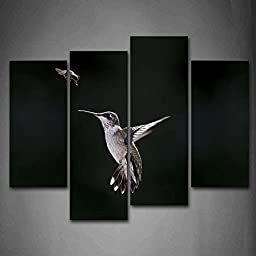 First Wall Art® - Black And White Hummingbird Flying To Grasp A Insect Wall Art Painting Pictures Print On Canvas Animal The Picture For Home Modern Decoration