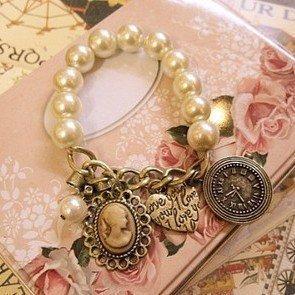 niceEshop(TM) Classic Vintage Pearl Bracelet