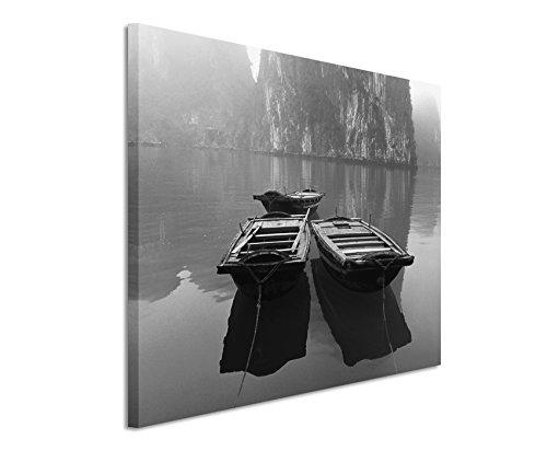 50x70cm Leinwandbild schwarz weiß in Topqualität 3 Boote in Halongbucht Vietnam