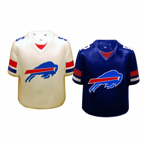 Buffalo Bills Gameday Salt and Pepper Shaker at Amazon.com