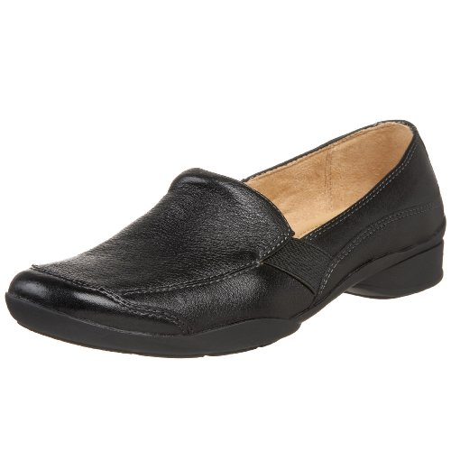 Naturalizer Women's Nominate Slip-On,Black,6.5 WW US