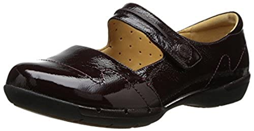 11. Clarks Women's Un Helma Mary Jane