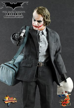 Hot Toys' The Dark Knight: 1:6 Scale Bank Robber The Joker