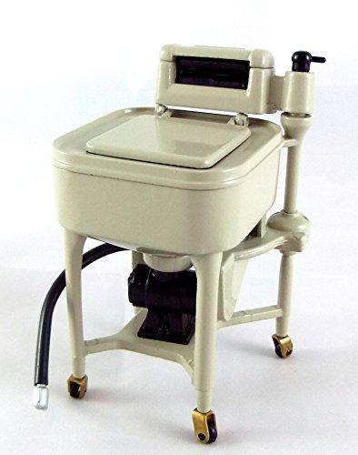 cucina-in-miniatura-casa-di-bambole-lavanderia-mobili-ghisa-maytag-strizza-mocio-secchio-strizzatore