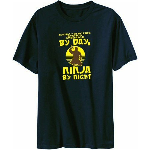 Hydro-Electric Station Operator By Day, Ninja By Night Herren T-Shirt