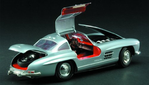 Minicraft Models 300SL Gullwing 1/16 Scale