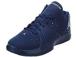 Jordan Boys Grade 5 AM Basketball Shoes