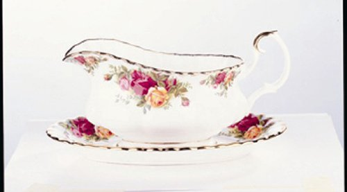 Royal Albert Old Country Roses Gravy Boat With Tray - 2 Pc