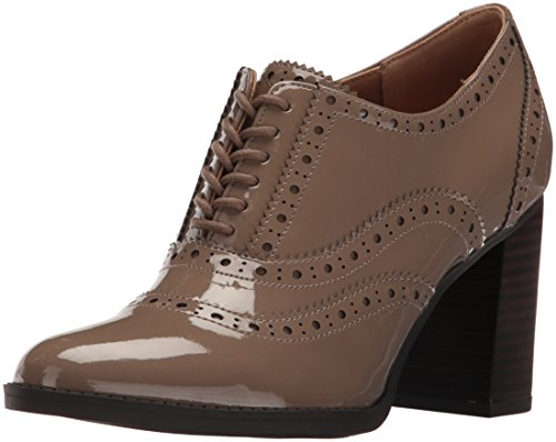 Franco Sarto Women's L-Maze Oxford, New Mushroom, 8 M US