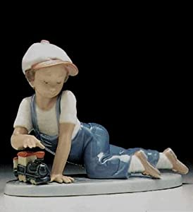 Amazon.com - Lladro ALL Aboard 7619 - Collectible Figurines