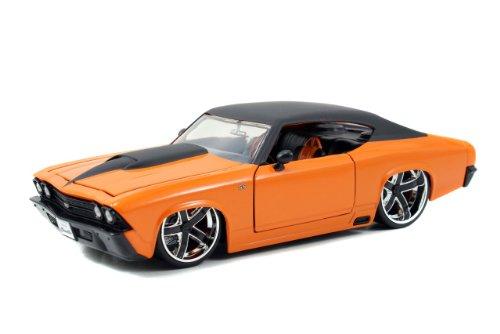 1969 Chevy Chevelle 1/24 Orange