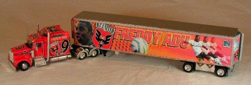 Tonkin Precision Series Kenworth W900L & Reefer Trailer (Freddy Adu)