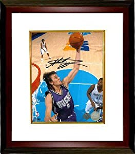 Andrew Bogut signed Milwaukee Bucks 8x10 Photo Custom Framed by Athlon+Sports+Collectibles