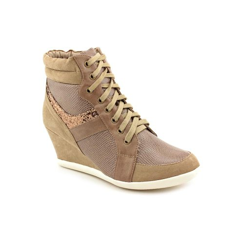 Kenneth Cole Reaction Women'S Of-Fence (Taupe 9.5 M)